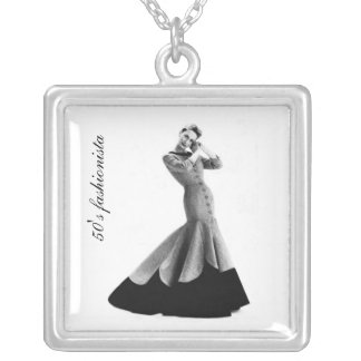 50 s fashionista collar pendants