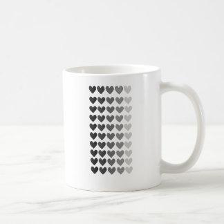 50 sombras de las formas grises del corazón taza clásica