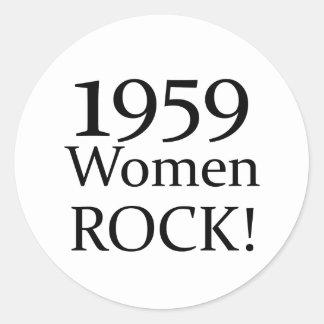 50th Birthday Gifts, 1959 Women Rock! Classic Round Sticker