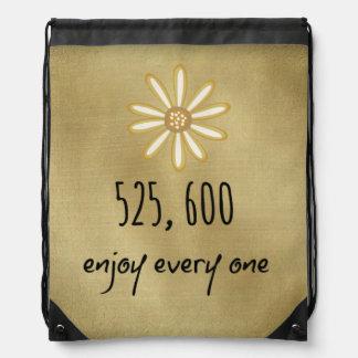 525.600 disfrute de cada minuto mochilas