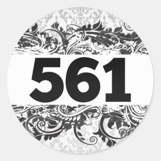 561 CLASSIC ROUND STICKER