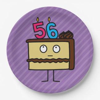 56.o Torta de cumpleaños con las velas Platos De Papel