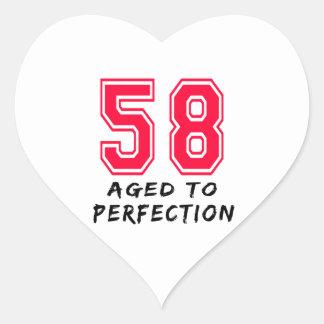 58 envejeció al diseño del cumpleaños de la pegatina de corazon