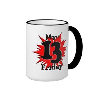 5-13 viernes el décimotercero en mayo taza