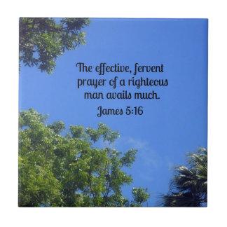 5:16 de James el rezo eficaz, ferviente… Azulejo Cuadrado Pequeño