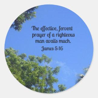 5:16 de James el rezo eficaz, ferviente… Pegatina Redonda