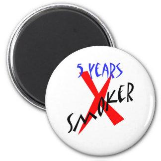 5 años de X-fumador del rojo Imán Redondo 5 Cm