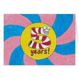 5 años tarjeta de cumpleaños/del aniversario de la