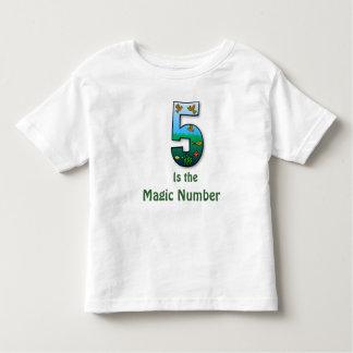 5 es la camiseta de los niños del número mágico remeras
