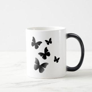 5 mariposas negras taza mágica