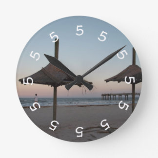 5 o'clock Beach Theme Wall Clock