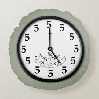 5 O'Clock Clock Round Pillow