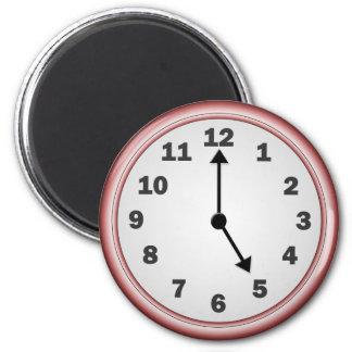 5 o'clock magnet