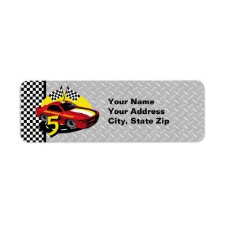 5ta etiqueta del cumpleaños del coche de carreras etiquetas de remite