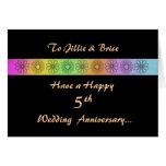 5ta tarjeta adaptable feliz del aniversario