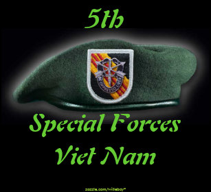 ce66e5ee8c04c 5th Special forces Group Green Berets Vietnam War Classic Round Sticker