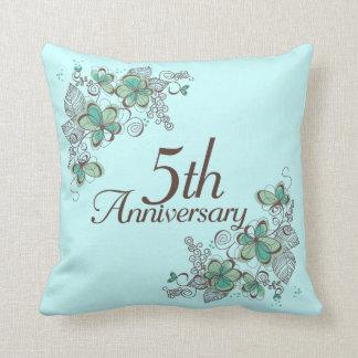 5to Almohada de tiro del regalo del aniversario