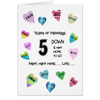 5to aniversario de los corazones felices tarjeta de felicitación
