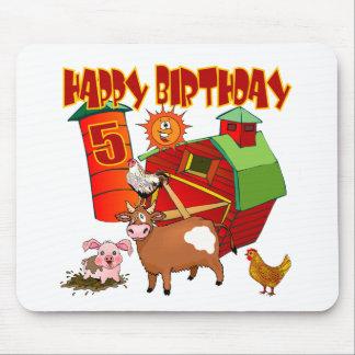 5to Cumpleaños de la granja del cumpleaños Tapetes De Ratones