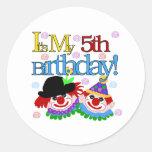 5to cumpleaños de los payasos tontos pegatina redonda