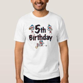 5to Cumpleaños del béisbol del mono del calcetín Poleras