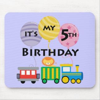 5to Cumpleaños del tren del cumpleaños Mousepads
