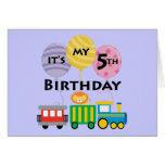 5to Cumpleaños del tren del cumpleaños Tarjetón