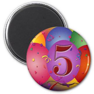 5to Decoraciones del globo de la fiesta de cumplea Imán Redondo 5 Cm
