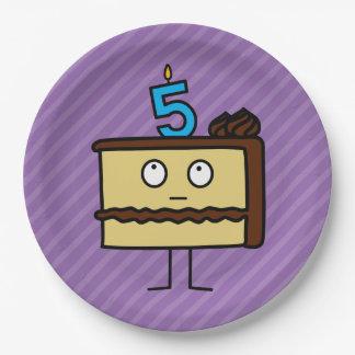 5to Torta de cumpleaños con las velas Platos De Papel