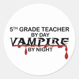 5to Vampiro del grado por noche Pegatina Redonda