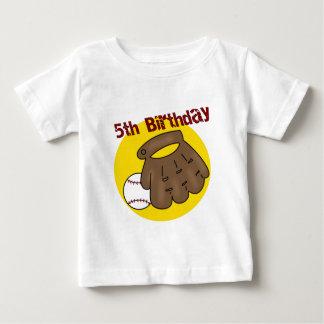 5tos regalos de cumpleaños del béisbol playera para bebé