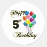 5tos regalos de cumpleaños y ropa felices del pegatinas redondas