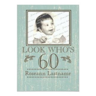 60.a foto envejecida del cumpleaños de madera invitación 12,7 x 17,8 cm