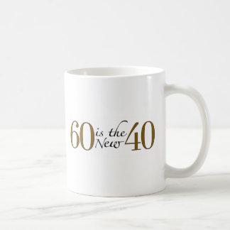 60 es los nuevos 40 taza básica blanca