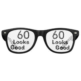 60 Looks Good © Funny 60th Birthday Gag Gift Wayfarer Sunglasses
