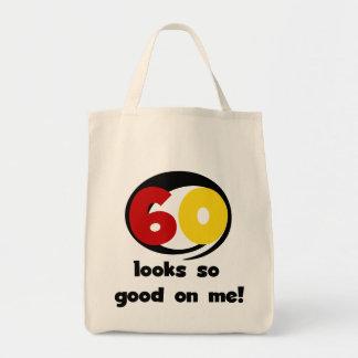 60 miradas tan buenas en mí camisetas y regalos bolsa