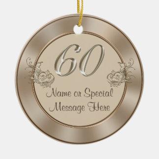 60.o aniversario personalizado u ornamento del adorno navideño redondo de cerámica