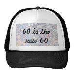 60.o casquillo divertido del cumpleaños - 60 es lo gorras de camionero