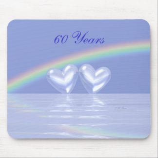 60.o Corazones del diamante del aniversario Alfombrilla De Ratón