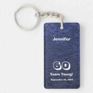 60 o Cumpleaños 60 años de llavero azul joven de l