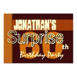 60.o Reserva del cumpleaños de la sorpresa el oro Invitación Personalizada