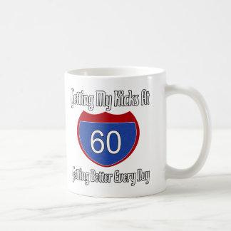 60 os regalos de cumpleaños de la diversión tazas