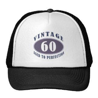 60.os regalos de cumpleaños del vintage para los h gorros bordados