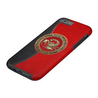 [610] Escorpión de oro sagrado en rojo Funda Resistente iPhone 6