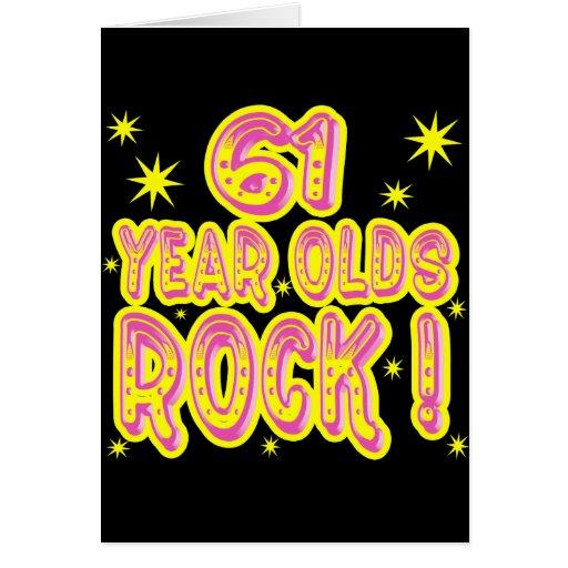 ¡61 años de la roca! Tarjeta de felicitación (rosa