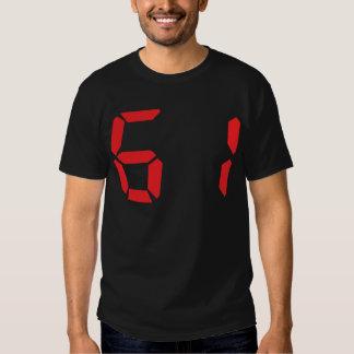 61 sesenta y uno números digitales del despertador playeras
