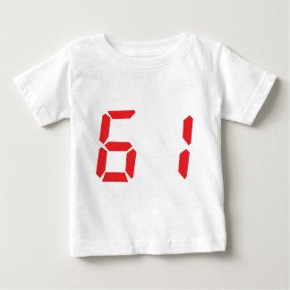 61 sesenta y uno números digitales del despertador poleras
