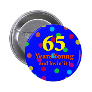 65.o Años de botón de los jóvenes Pins
