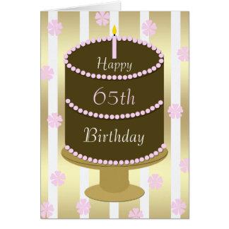 65.o Torta de la tarjeta de cumpleaños en rosa