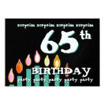 65.o Velas del trullo del cumpleaños de la Invitación